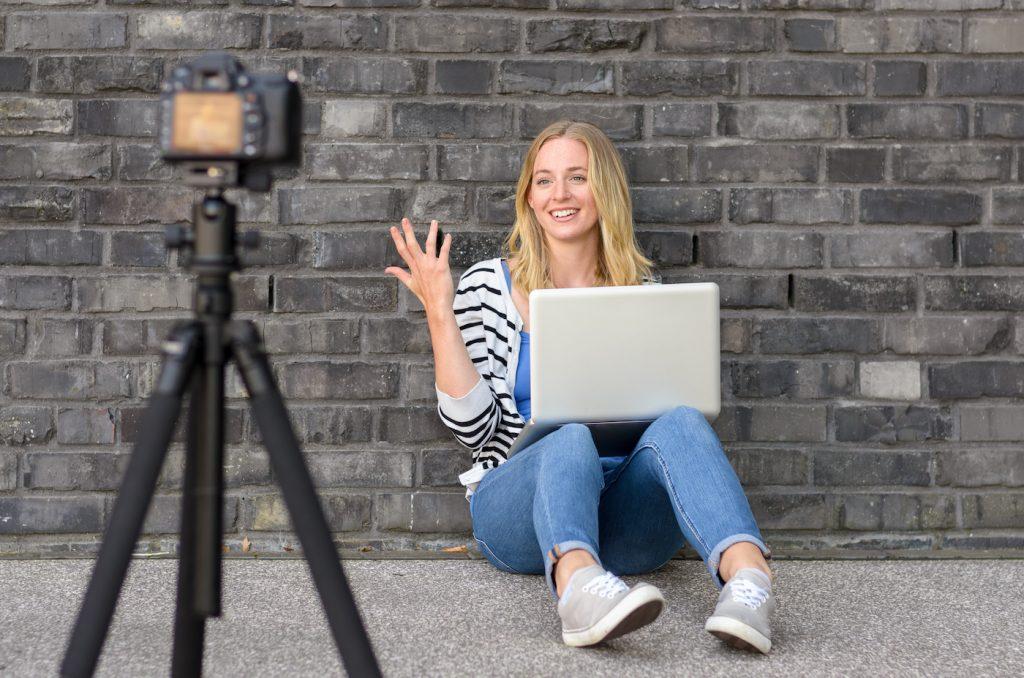 Vlog video blogging